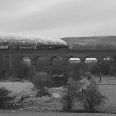 Flying Scotsman crossing Roche Viaduct