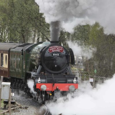 Full steam ahead, Flying Scotsman out of Keighley